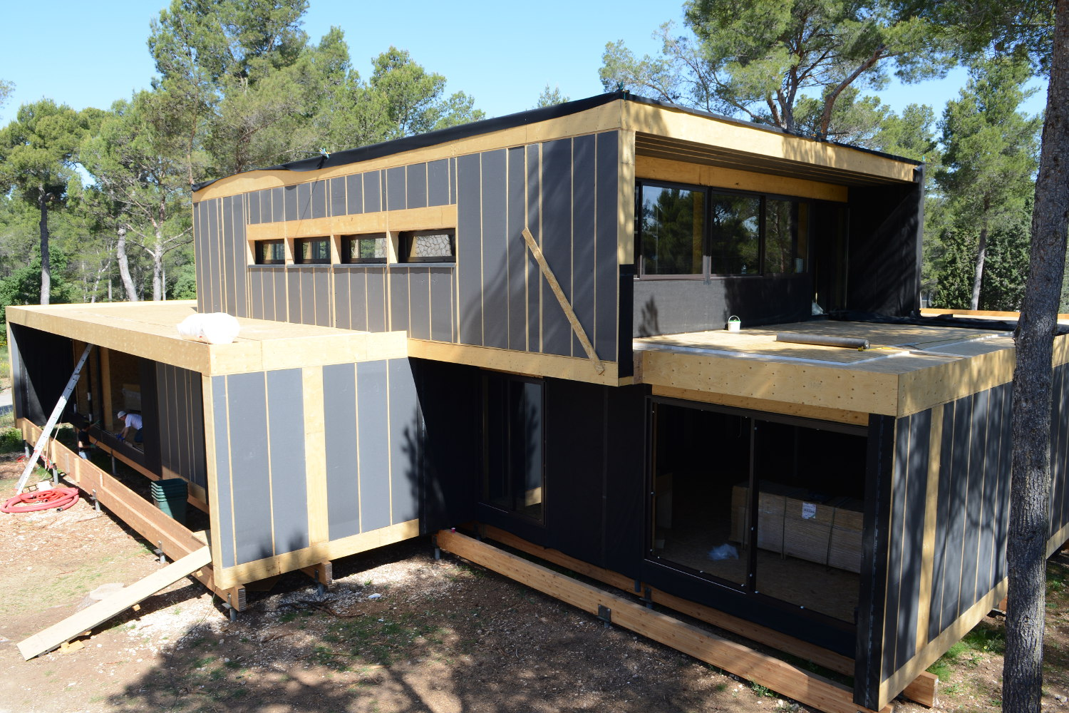 410 M Office In Provence Popup House