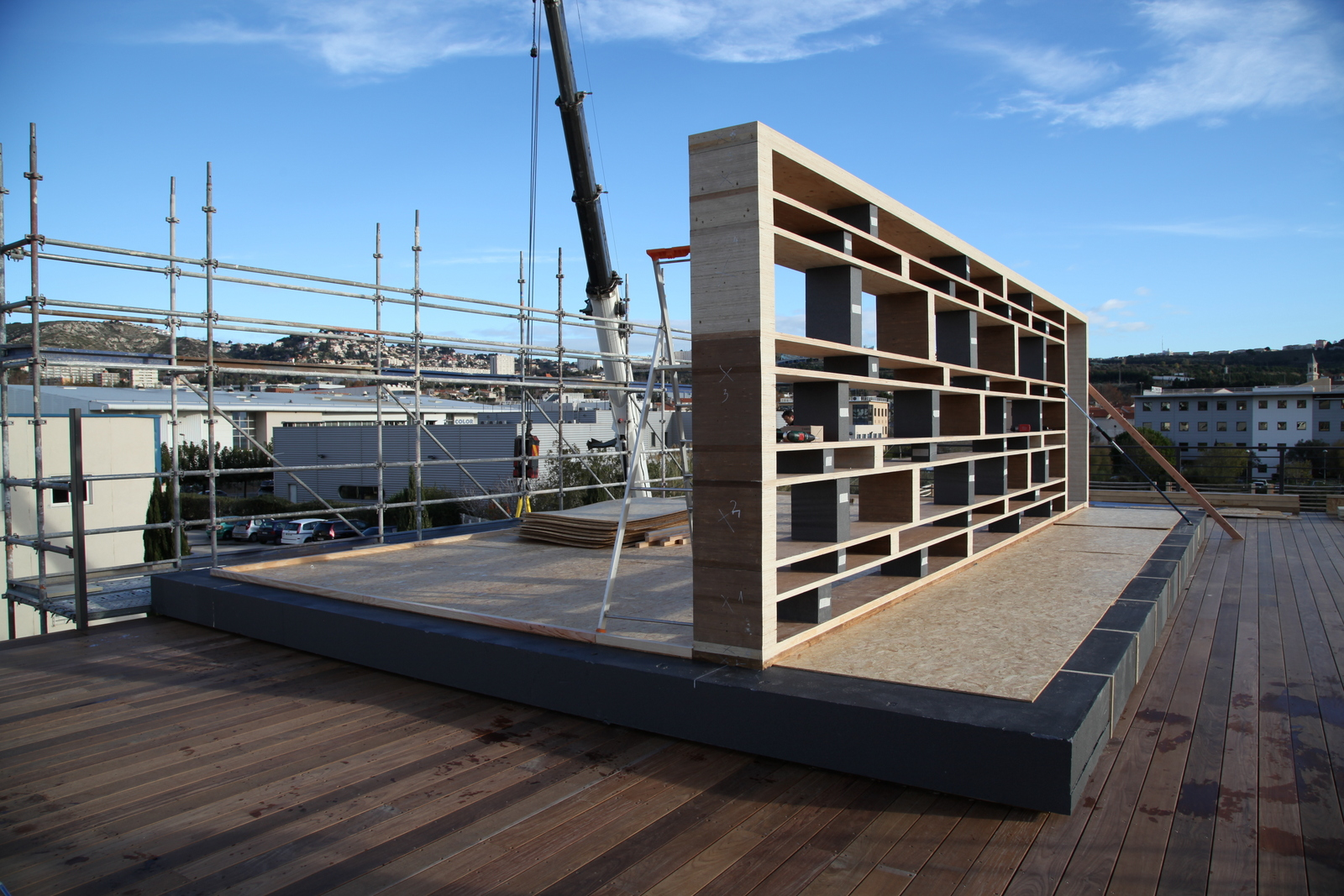 70m office in marseille popup house. Black Bedroom Furniture Sets. Home Design Ideas