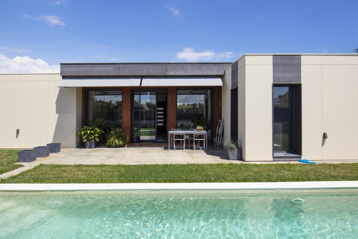 facade maison design de charme en espagne