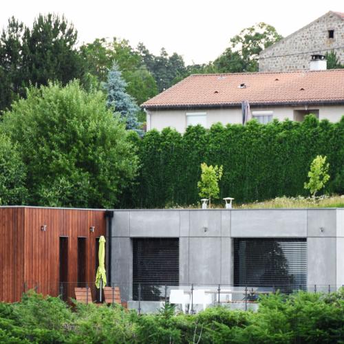 vue panoramique maison design et avant-gardiste saint romain lachalm