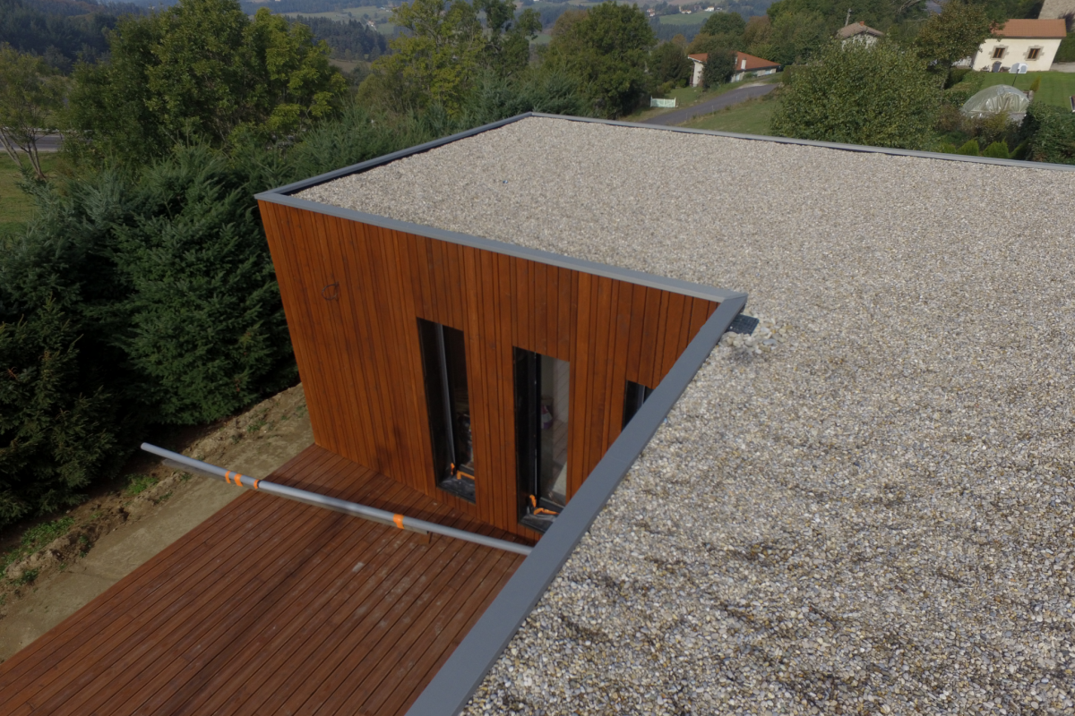 terrasse under construction design wooden house saint romain lachalm