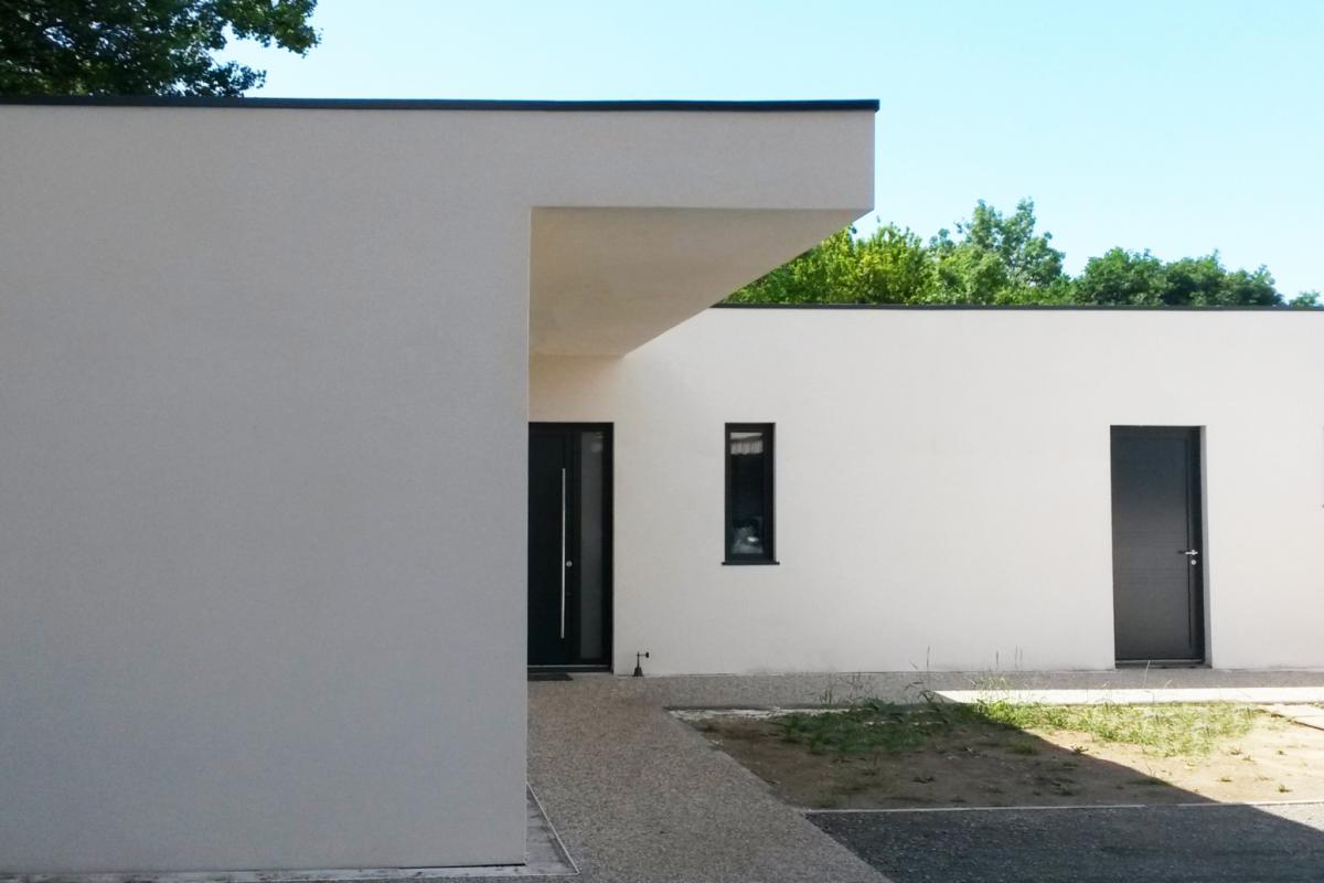 contemporary wooden frame house la rochelle garden