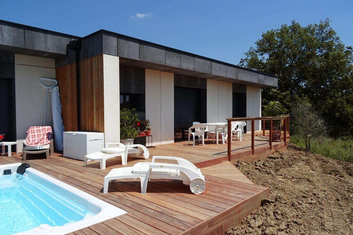 frontage design wooden frame house