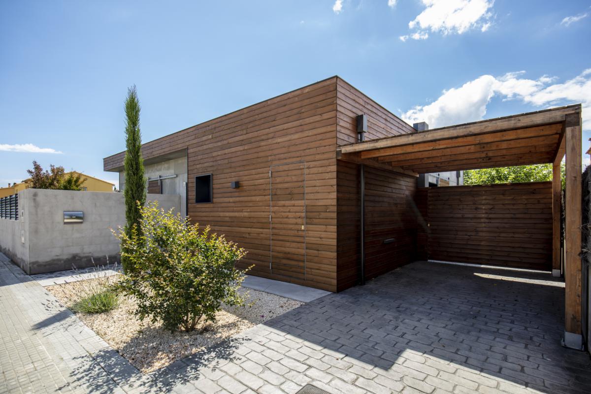 exterieur maison passive moderne en bois costa brava