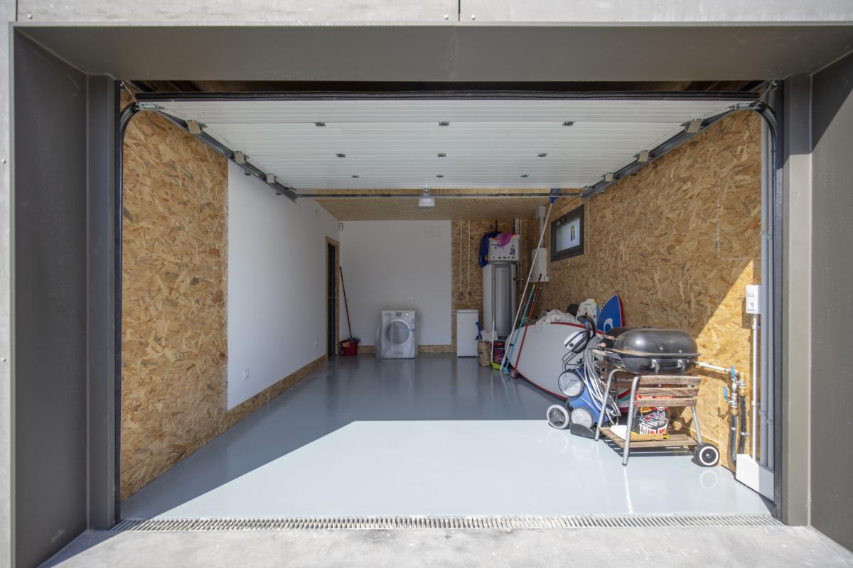 garage #2 maison passive moderne en bois espagne