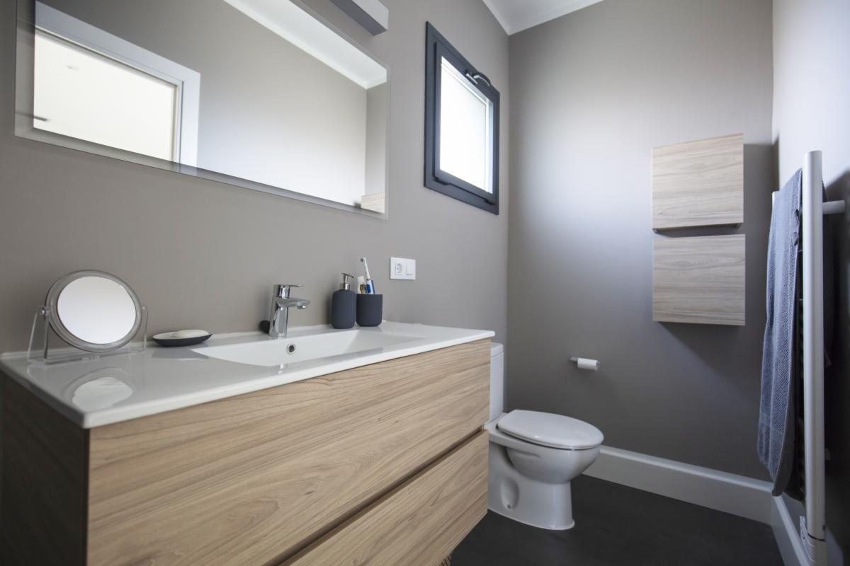salle de bain #2 maison passive moderne en bois costa brava