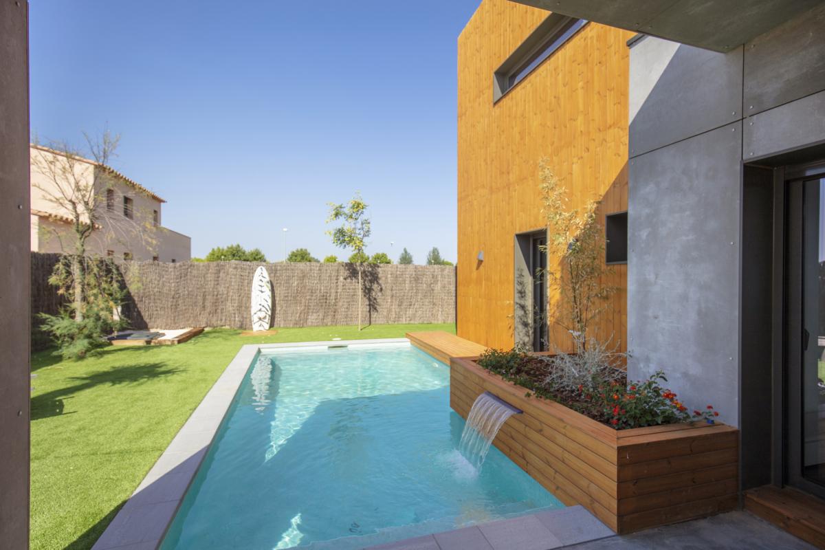 piscine maison passive moderne en bois espagne