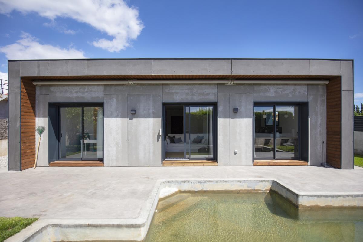 piscine maison passive moderne en bois costa brava