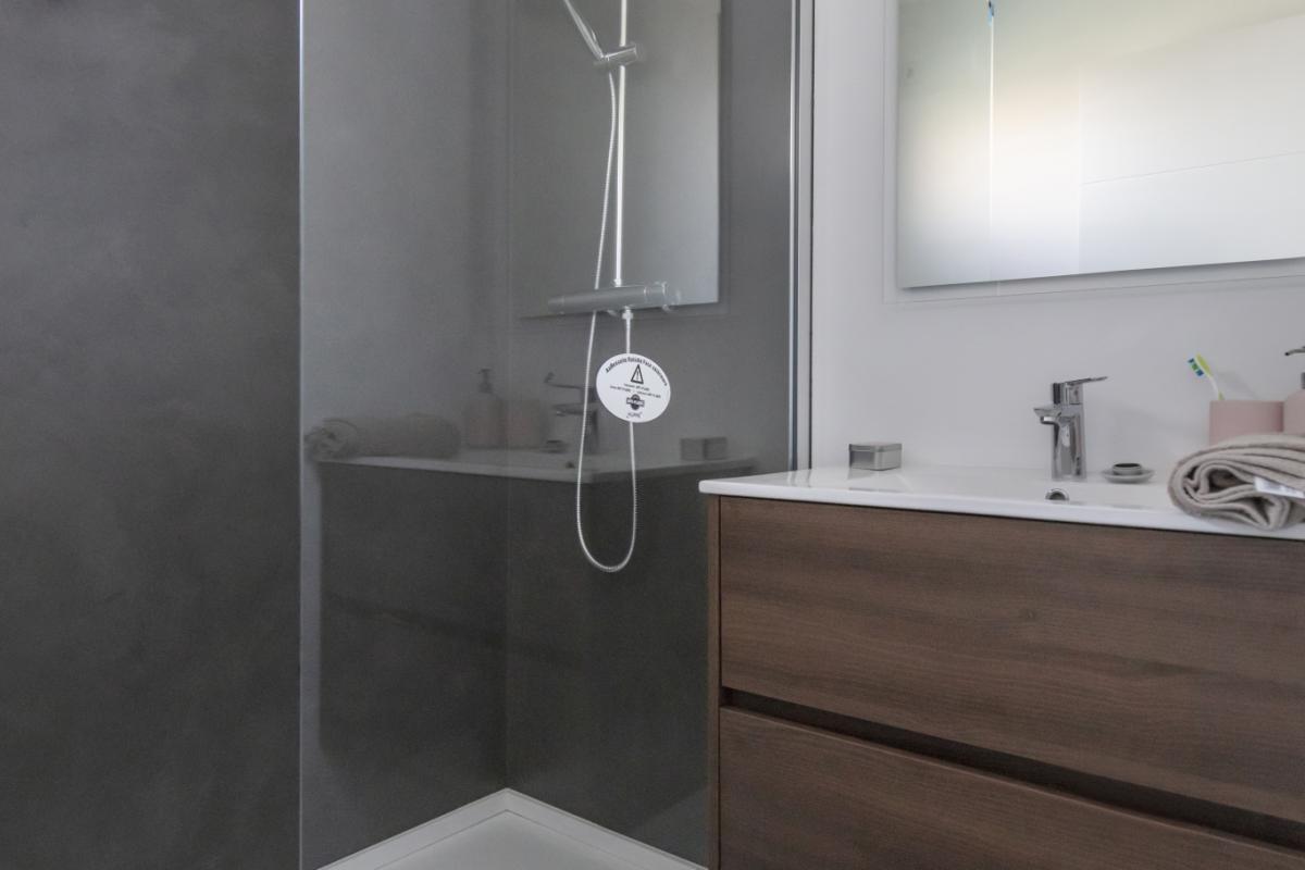 salle de bain #4 maison passive moderne en bois espagne