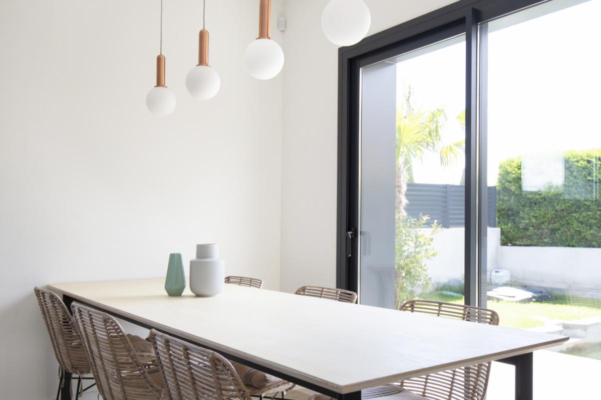 salon #2 maison passive moderne en bois costa brava