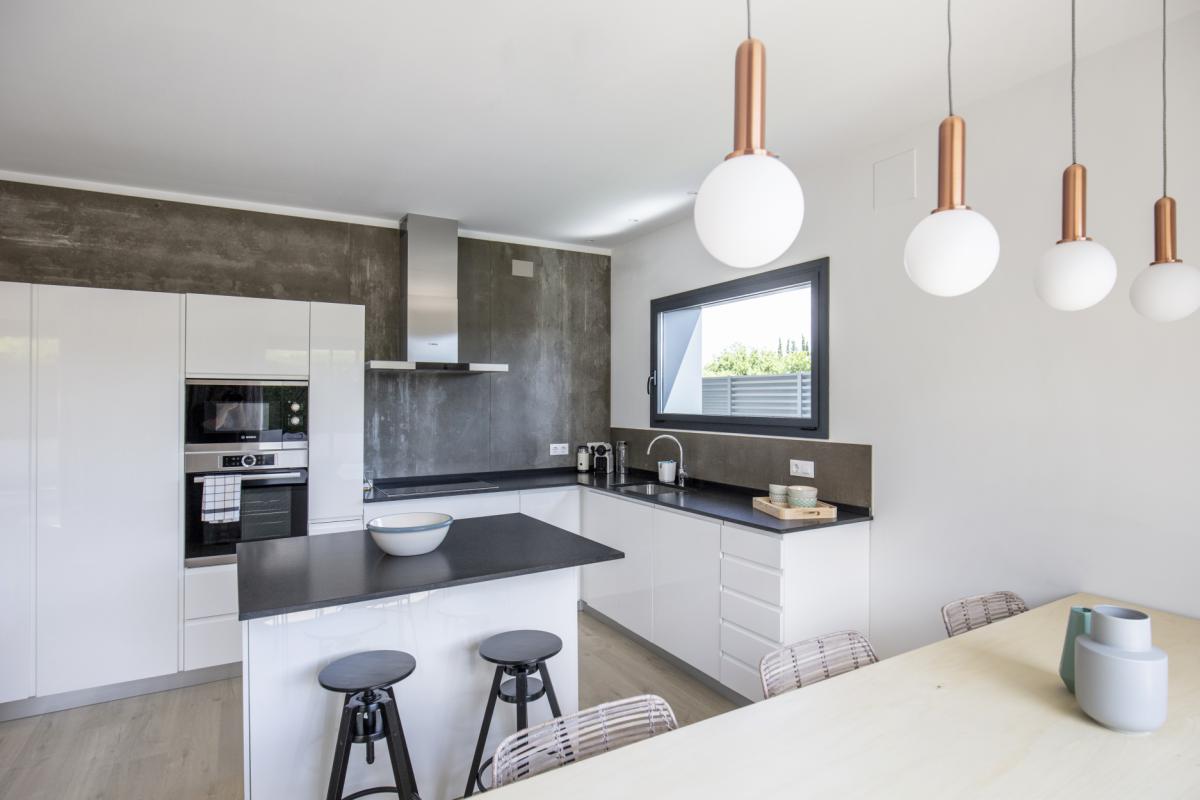 cuisine maison passive moderne en bois costa brava